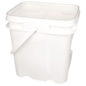 4 Gallon Natural P/P Plastic Oblong Pail - Diamond Weave Body - Angled View