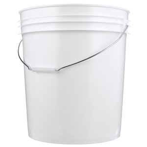 7.4 Gallon White HDPE Plastic Round Pail with Metal Swing Handle - Front View